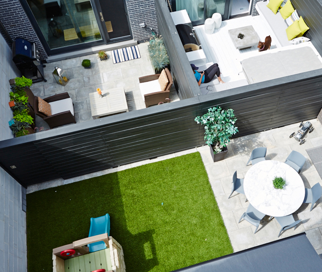 11 Make friends with your neighbours. Two couples had the wall that separates their abutting town house yards customized with a sliding door, allowing for plenty of party spillovers.