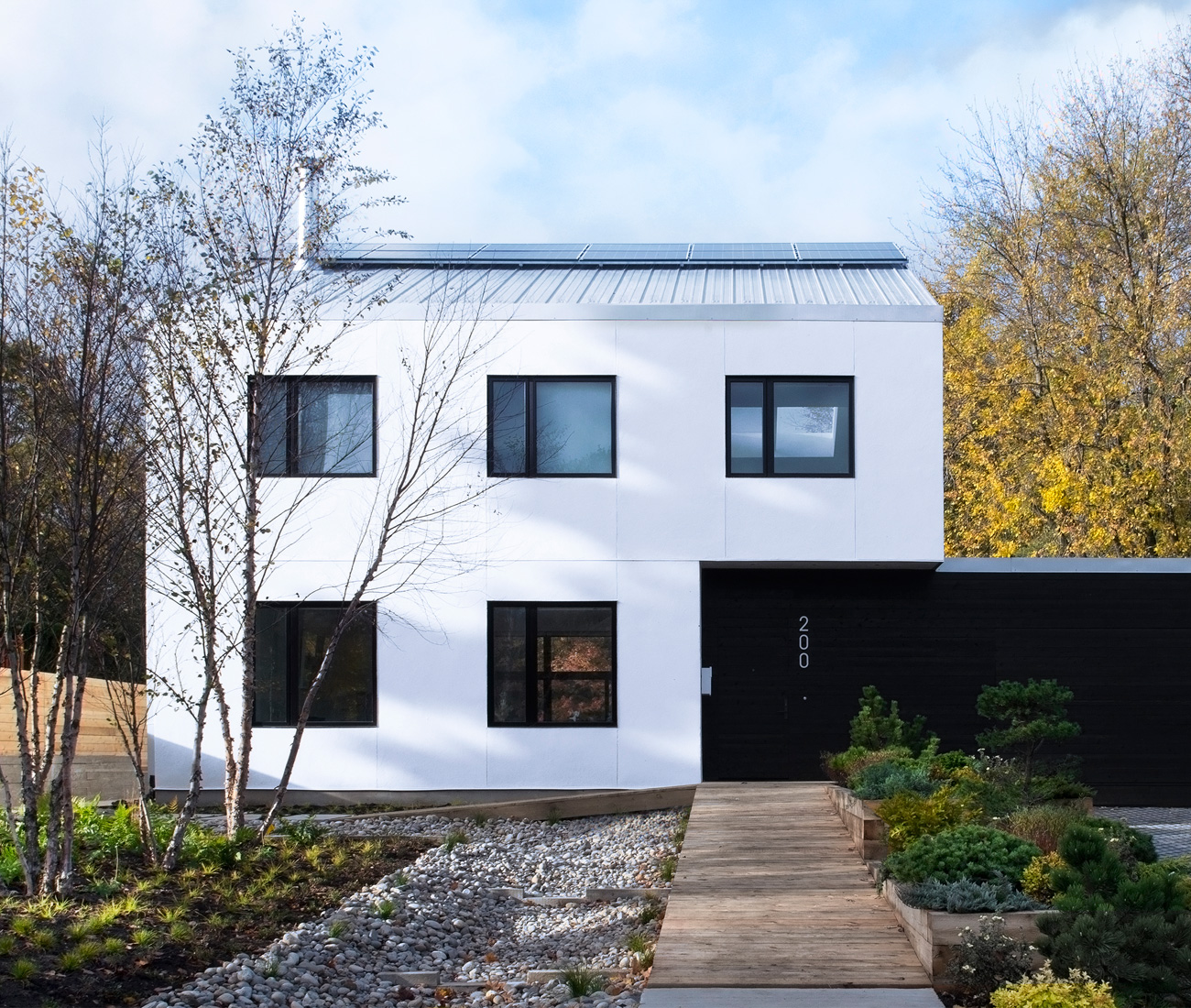 A Straw Bale House Proves Its Might In Modern Style