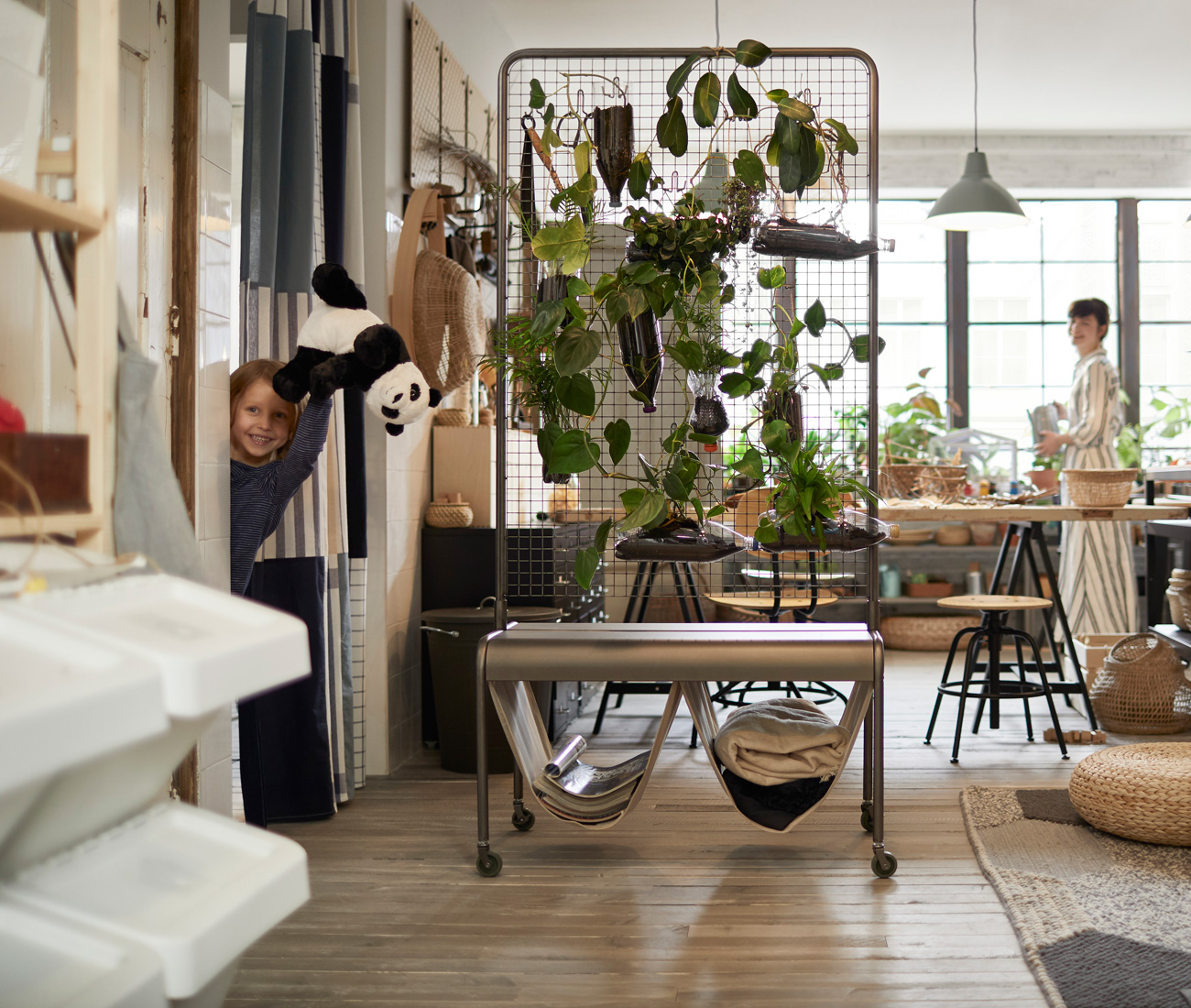 5 covetable looks for small spaces from ikea 39 s 2019 - Home decor ideas for small homes ...
