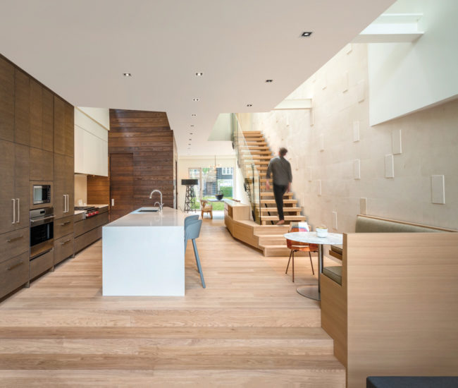 Six skylights illuminate the interior– particularly the stairs– from the top floor to the basement. As well as bringing in natural light, they reduce the risk of falls.