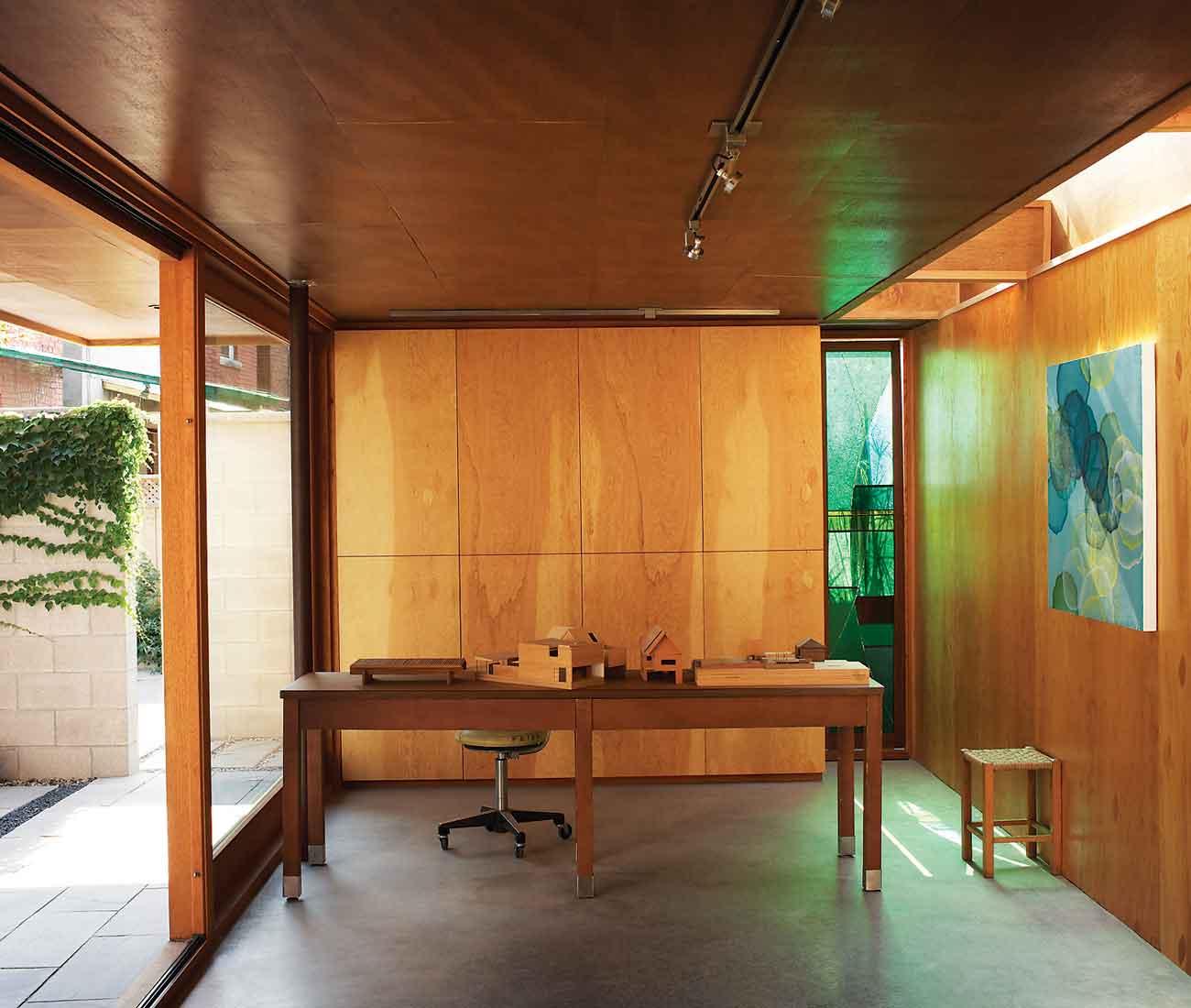 Studio Junction Terrace House